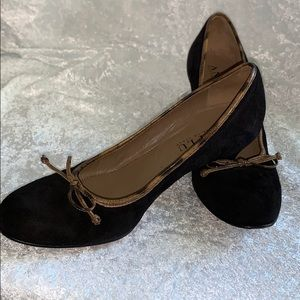 ANYI LU hand made in Italy. Black suede shoes